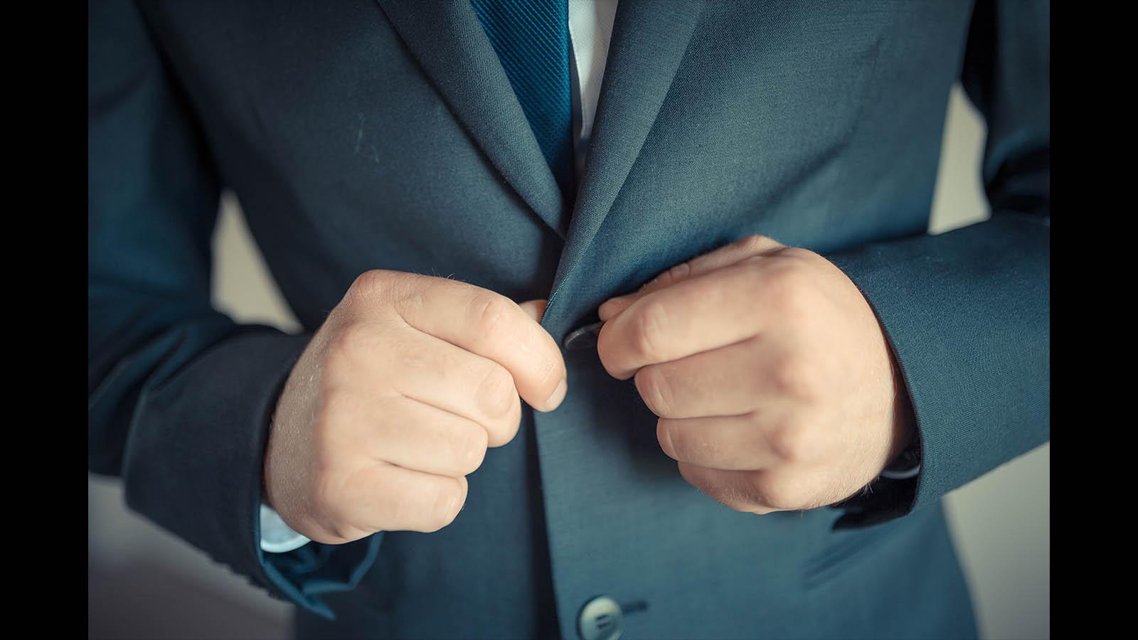 Melbourne-wedding-photography groom details 2