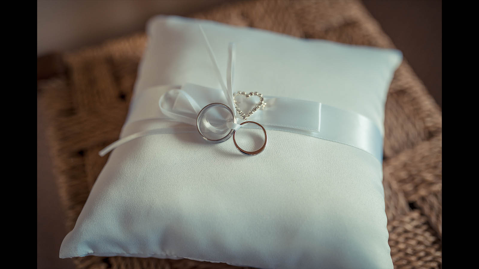 Melbourne-wedding-photography rings 13
