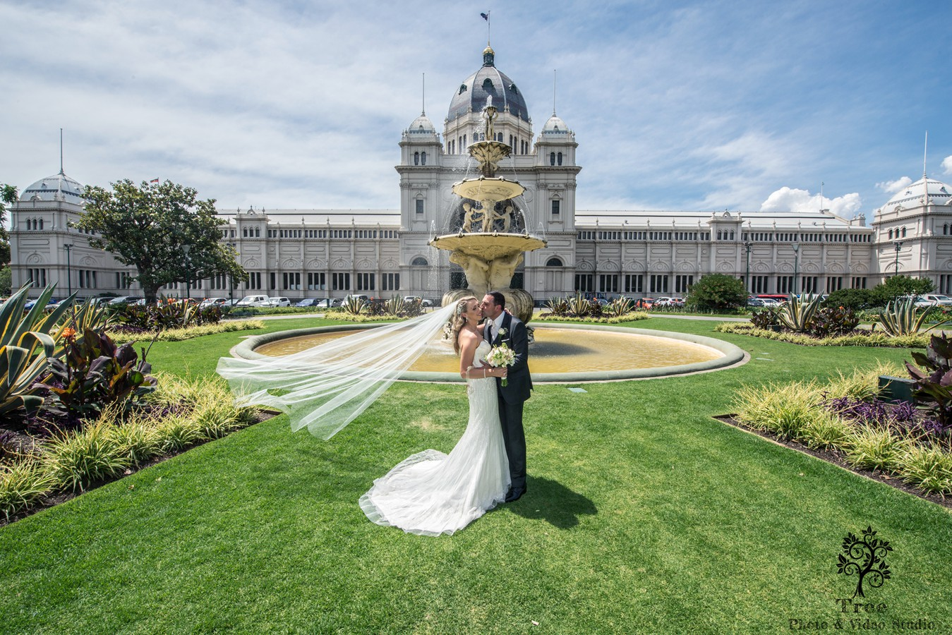 Carlton Garden Wedding Photo