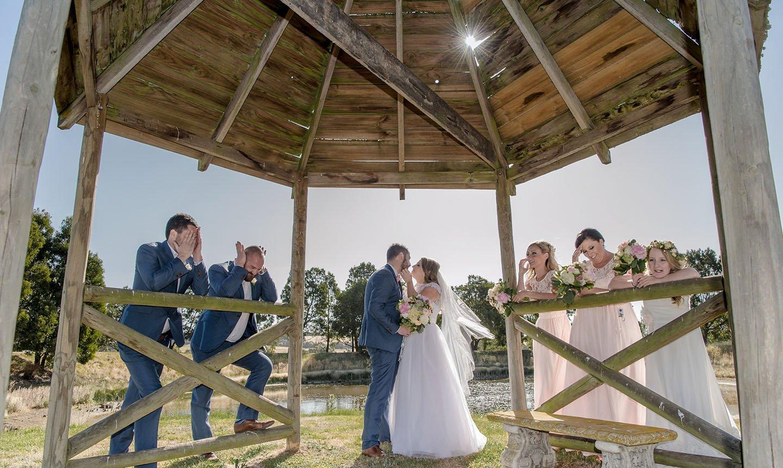 <a href=&quot;/kristy-matthew-wedding-photography/&quot;>Kristy & Matthew</a>