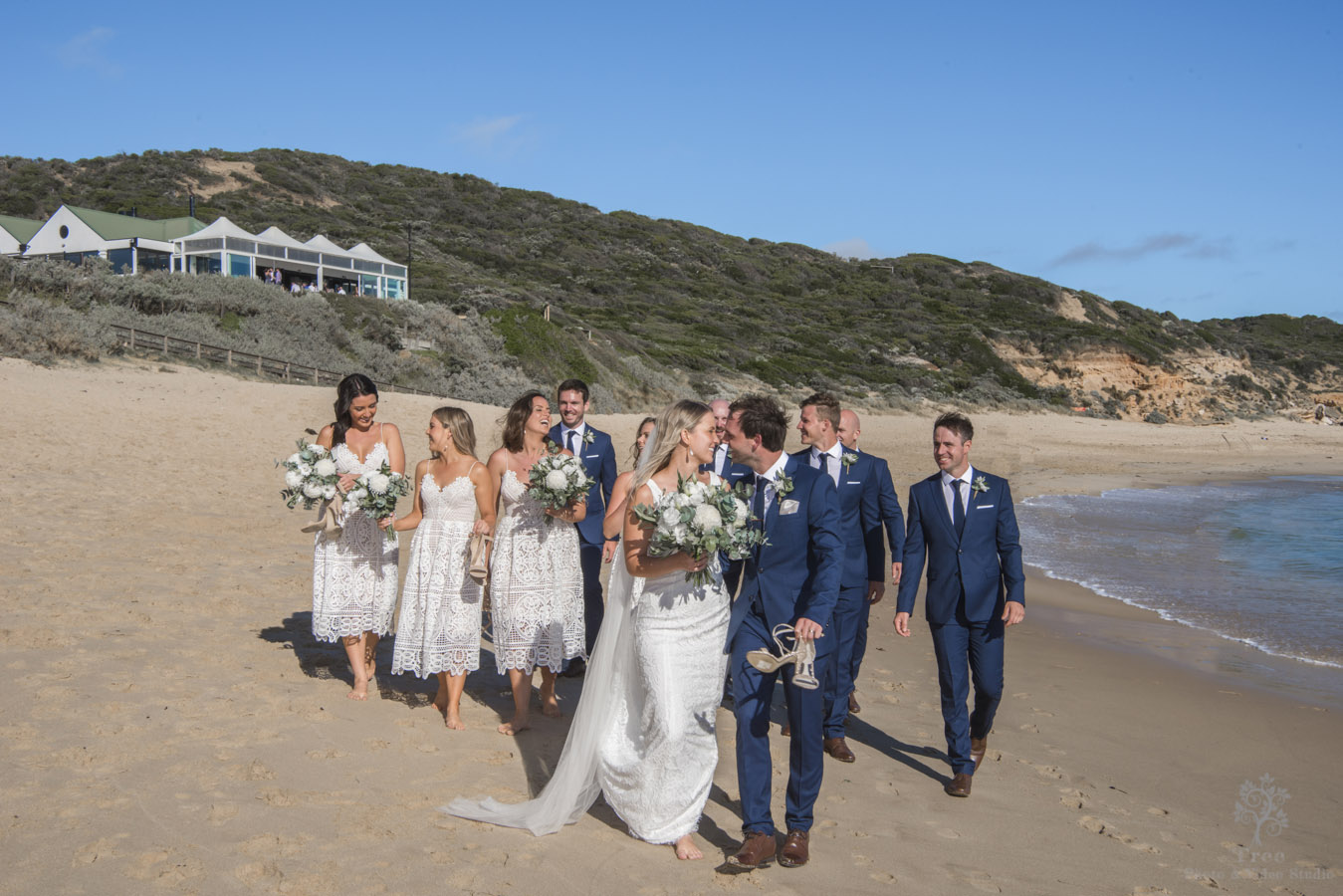 all smiles sorrento ocean beach bridal photo in beach