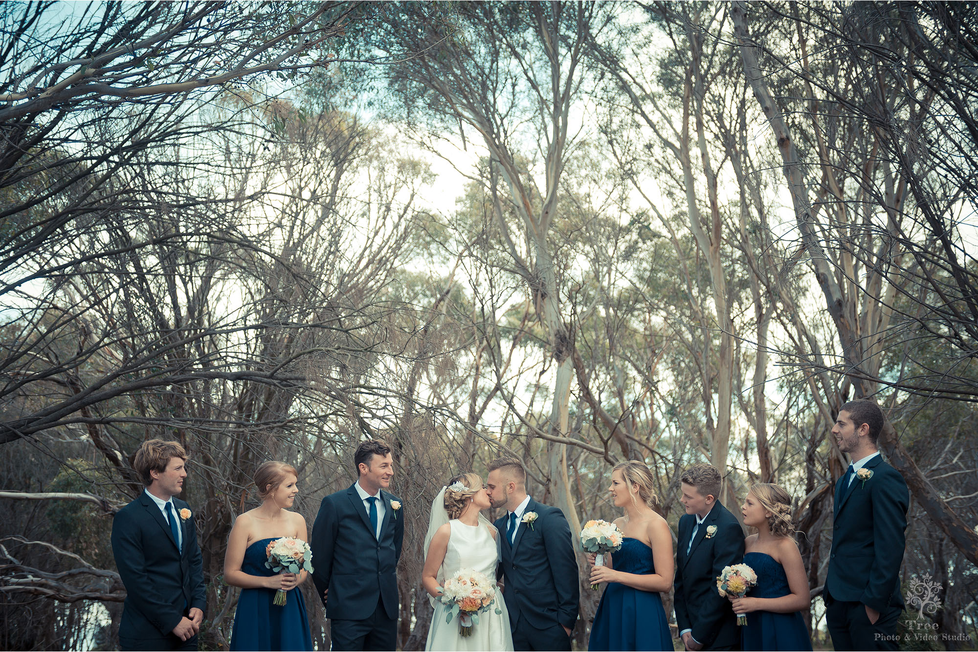 Melbourne-wedding-photography bridal party