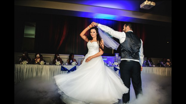 wedding photography Melbourne first dance