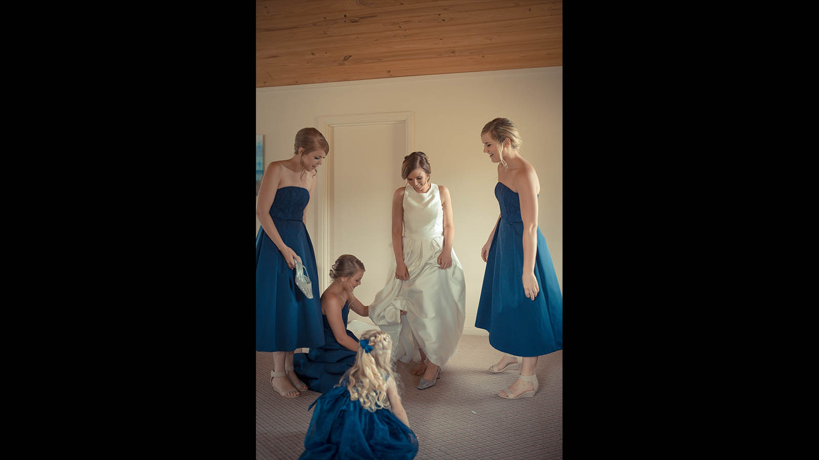 Melbourne-wedding-photography bridesmaid 19