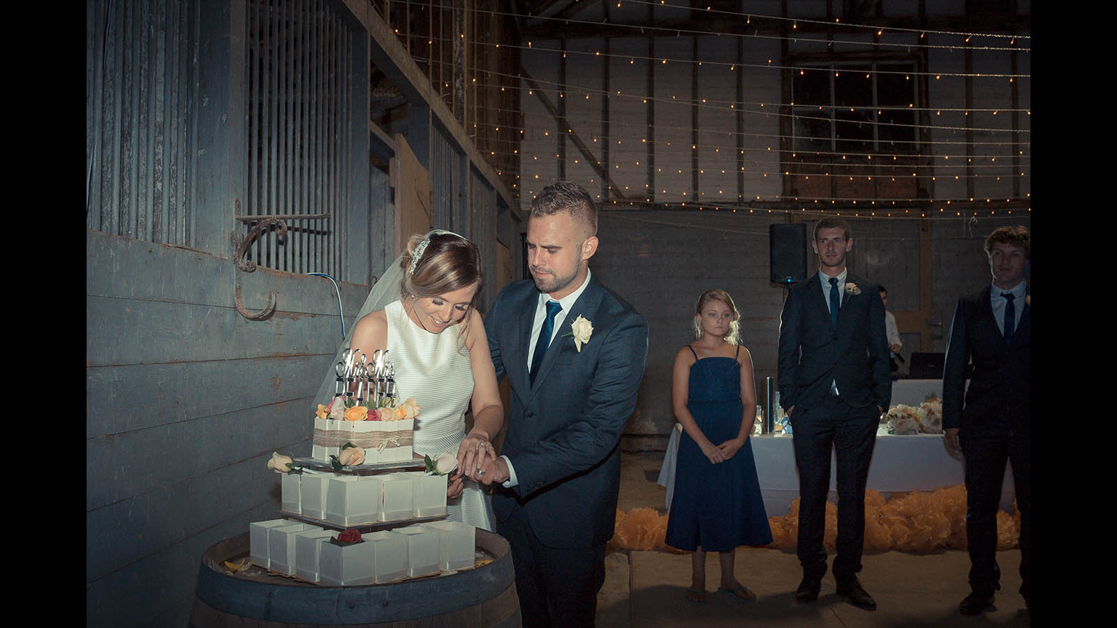 Geelong Wedding Cutting Cake