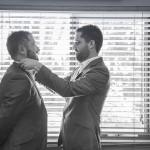 wedding-photo-groom-get-ready
