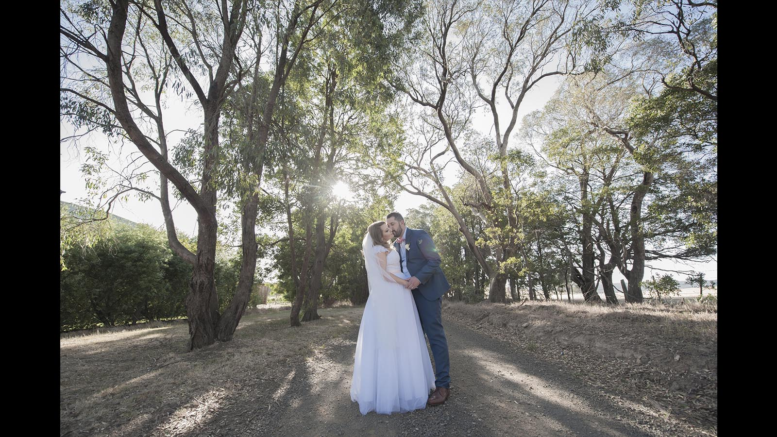 Glen Erin at Lancefield, Vineyard wedding couple