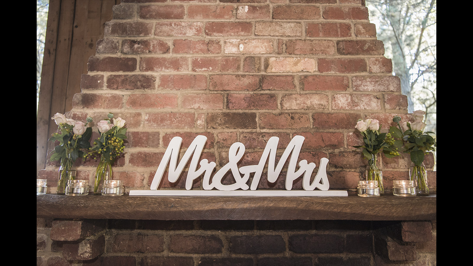 Wedding stationary Melbourne love sign