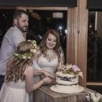 Melbourne wedding cutting cake