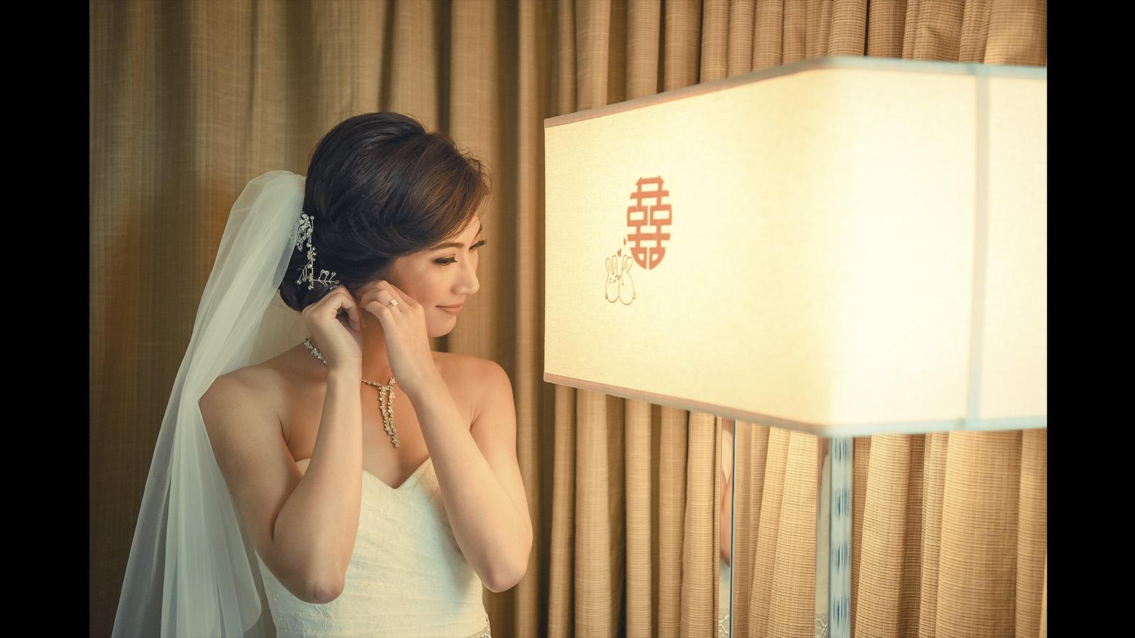 Wedding Bride Getting Ready