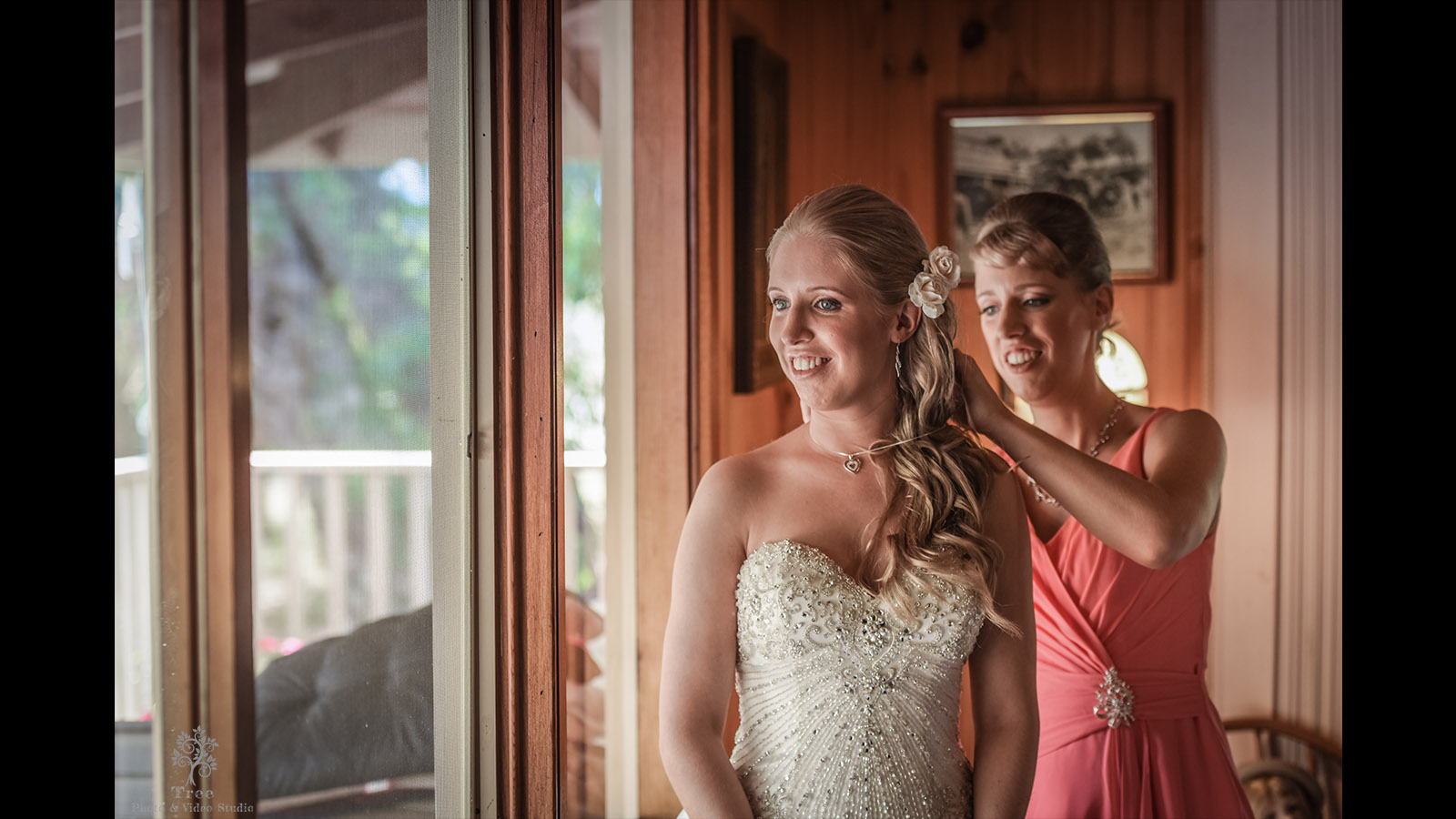 Lyrebird-Falls-Wedding-getting-ready