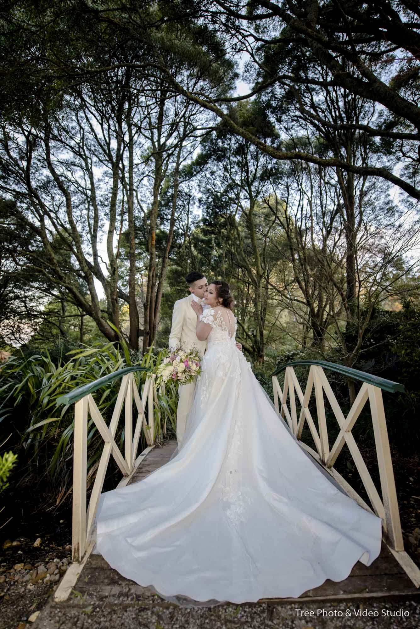 Skyhigh Dandenong Wedding Photogrpahy