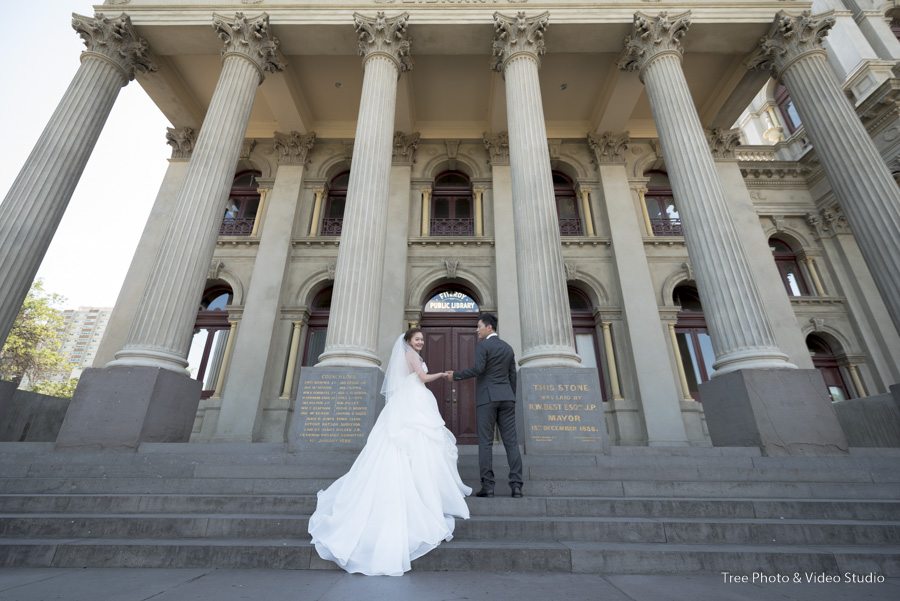 Fitzroy Town Hall Wedding Photo