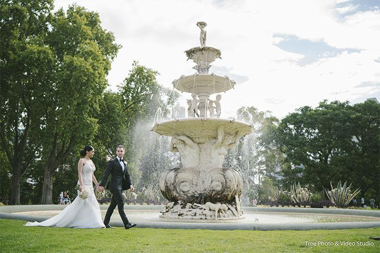 Melbourne Wedding Ceremony Location Carlton Gardens