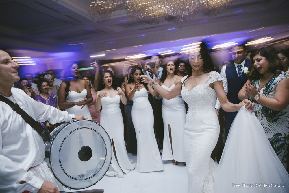 Entertainment Cost for Weddings
