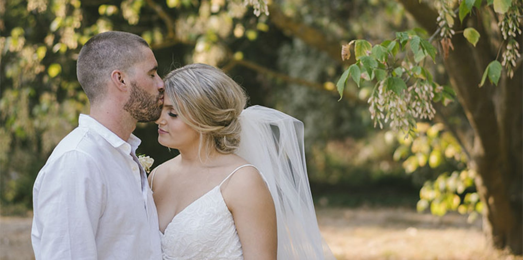 Amy & marc | bridges restaurant hurstbridge wedding video
