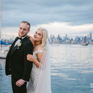 Samantha & gavin | lakeside wedding photography