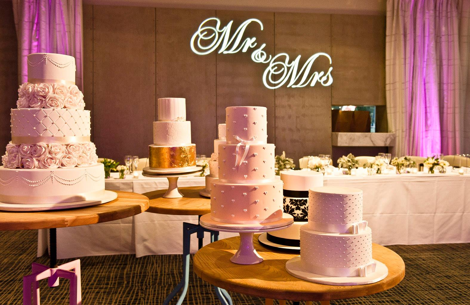 Wedding Cake Supplier In Melbourne Ab Fab Cakes