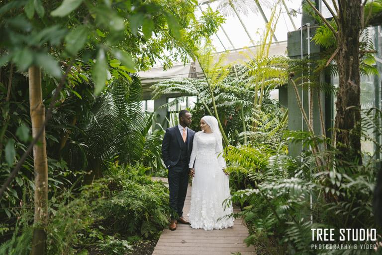 Wedding Photo at St Kilda Botanical Garden