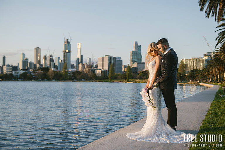 Albert Park Wedding Photography For Cat and Shannon