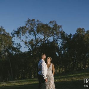 Elizabth & daniel's wedding photography @ mansfield private property