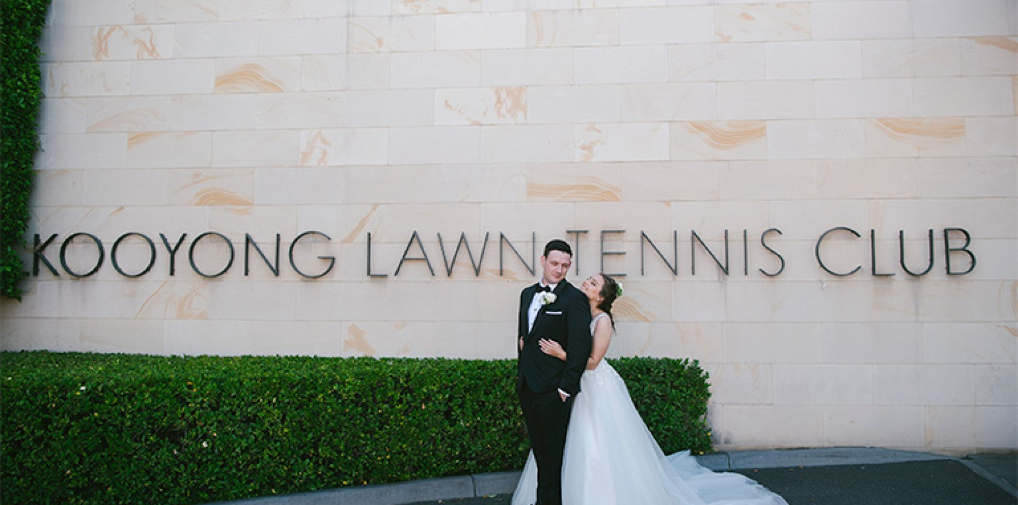 Laura & nichola wedding photography @ kooyong lawn tennis club