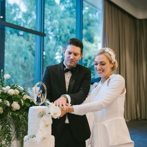 William & chloe wedding photography @ leonda by the yarra