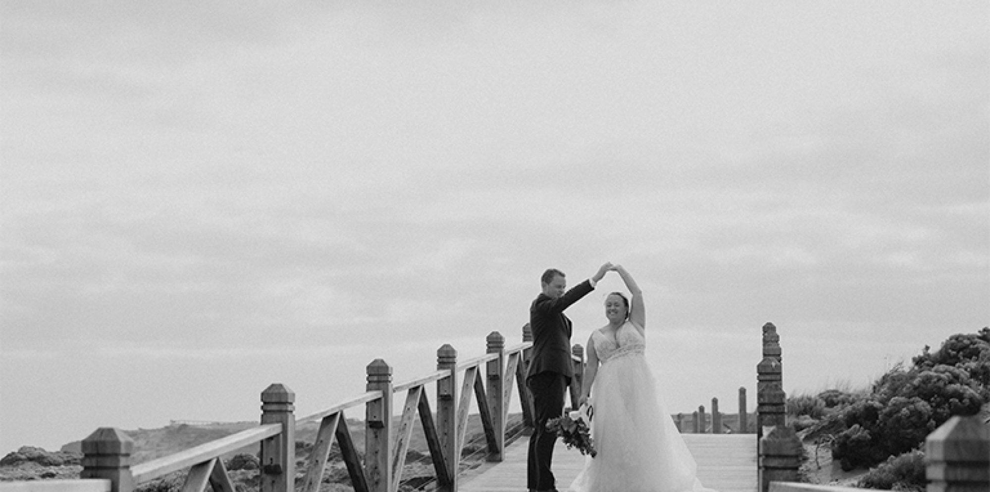Matt & brooke warrnambool wedding videography @ simon's waterfront