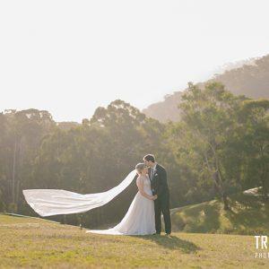 Kasey & tim wedding photography @ the sebel pinnacle valley resort