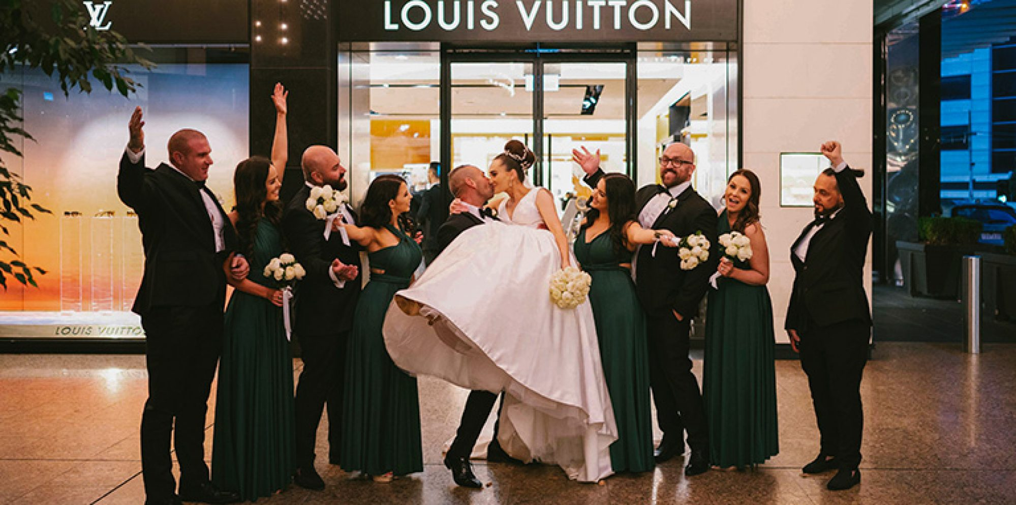 Jaid & mark wedding photography @ crown melbourne