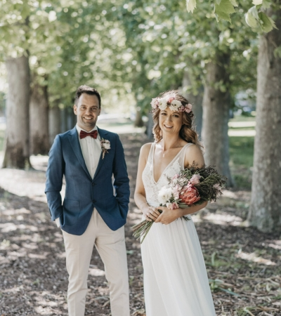 Wedding photography melbourne – emily & steve | all smiles waterfront