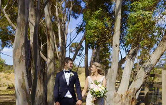 Stephanie & darren | warrawong woolshed wedding video
